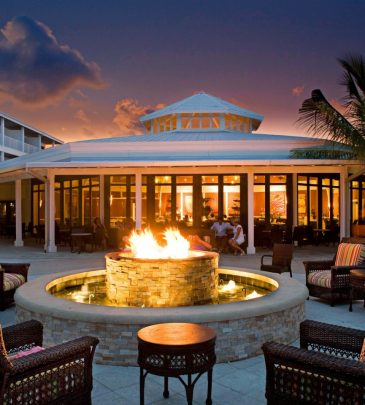 firepit-hip-lounge-resort-960x960