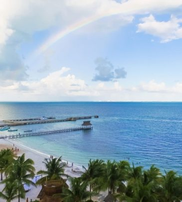 how-safe-is-cancun-during-hurricane-season-e1509133004742