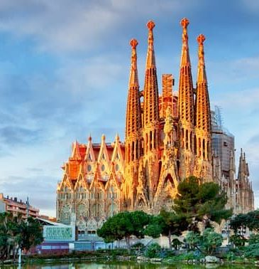 reasons-pursue-degree-barcelona-1
